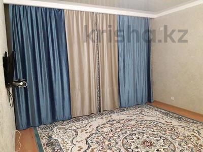1-комнатная квартира, 44 м², 8/8 этаж, Санкибай 72к/3 — Алии молдагуловой за 12.5 млн 〒 в Актобе, мкр. Батыс-2 — фото 12