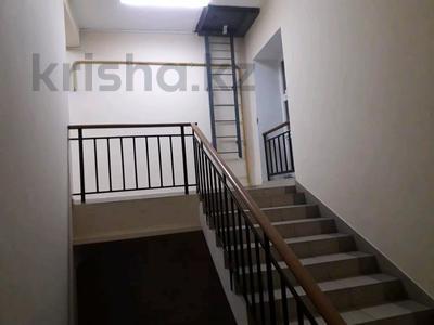 1-комнатная квартира, 44 м², 8/8 этаж, Санкибай 72к/3 — Алии молдагуловой за 12.5 млн 〒 в Актобе, мкр. Батыс-2 — фото 7