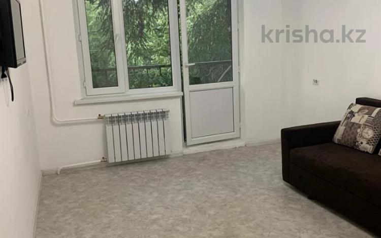 1-комнатная квартира, 33 м², 3/5 этаж, Радостовца — Карасай Батыра за 15.5 млн 〒 в Алматы, Алмалинский р-н