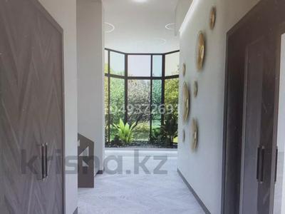 8-комнатный дом, 560 м², 9 сот., 15-й мкр за 175 млн 〒 в Актау, 15-й мкр — фото 3