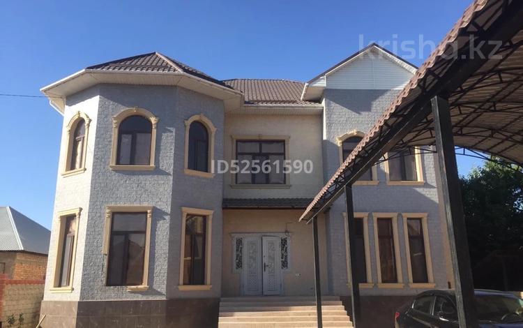 6-комнатный дом, 337 м², 8 сот., Самал-2 — Байтурсынова за 87 млн 〒 в Шымкенте, Аль-Фарабийский р-н