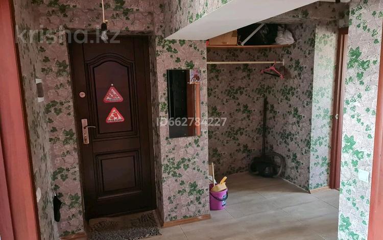 3-комнатная квартира, 56 м², 3/3 этаж, Турсынбека Сарбасова за 10.9 млн 〒 в Жалпаксае