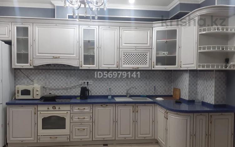 4-комнатная квартира, 120 м², 7/16 этаж, Кунаева 91 — Рыскулова за 57 млн 〒 в Шымкенте
