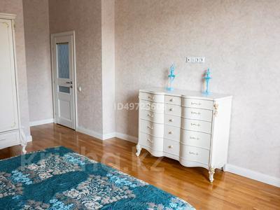 4-комнатная квартира, 155 м², 2/8 этаж, Мирас за 98 млн 〒 в Алматы, Бостандыкский р-н — фото 32