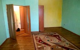 1-комнатная квартира, 52 м², 10/12 этаж помесячно, Кубрина — Сейфулина за 70 000 〒 в Нур-Султане (Астана), Сарыарка р-н