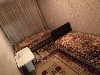 2-комнатная квартира, 49 м², 1/5 этаж посуточно, ул Махамбета 125 — ул Азаттык за 6 000 〒 в Атырау — фото 9