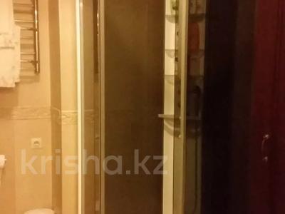 4-комнатная квартира, 175 м², 4/6 этаж, Хаджи Мукана 37 — проспект Достык за 200 млн 〒 в Алматы, Медеуский р-н