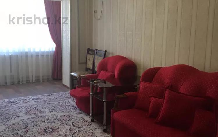 2-комнатная квартира, 56 м², 2/5 этаж посуточно, Толыбекова за 8 000 〒 в