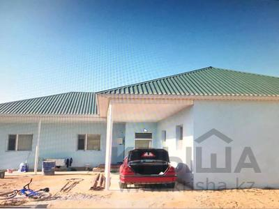 6-комнатный дом, 180 м², 4 сот., 2 за 25 млн 〒 в Приозёрном
