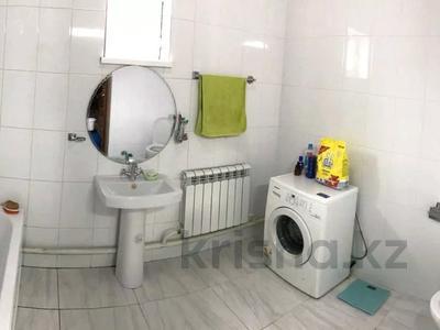 6-комнатный дом, 180 м², 4 сот., 2 за 25 млн 〒 в Приозёрном — фото 3