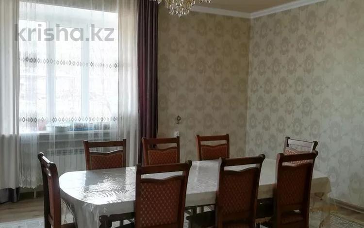 6-комнатный дом помесячно, 260 м², Байтерек 4/2 за 650 000 〒 в Приозёрске