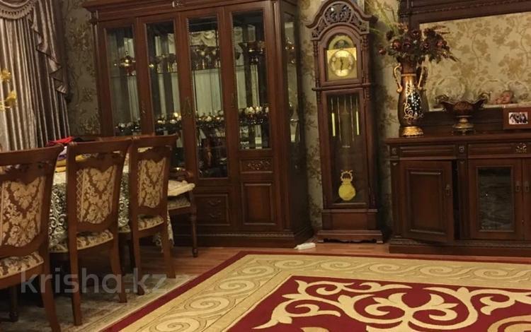 8-комнатный дом, 326 м², 14 сот., Казакпаева 15В за 85 млн 〒 в Алматы, Турксибский р-н