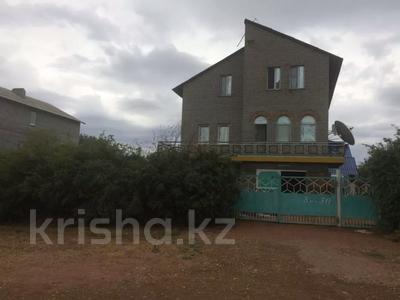 8-комнатный дом, 242 м², 10 сот., 8 микрорайон 50 за 25 млн 〒 в Балхаше