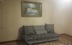 2-комнатная квартира, 50 м², 4/4 этаж помесячно, Момышулы — Тауке хана за 85 000 〒 в Шымкенте