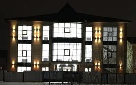 Здание, 12 микрорайон — Бокенбай Батыра площадью 2300 м² за 2 500 〒 в Актобе, мкр 12