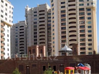 3-комнатная квартира, 123 м², 13/19 этаж, Альфараби 76 — Ходжанова за 57.4 млн 〒 в Алматы, Бостандыкский р-н — фото 8