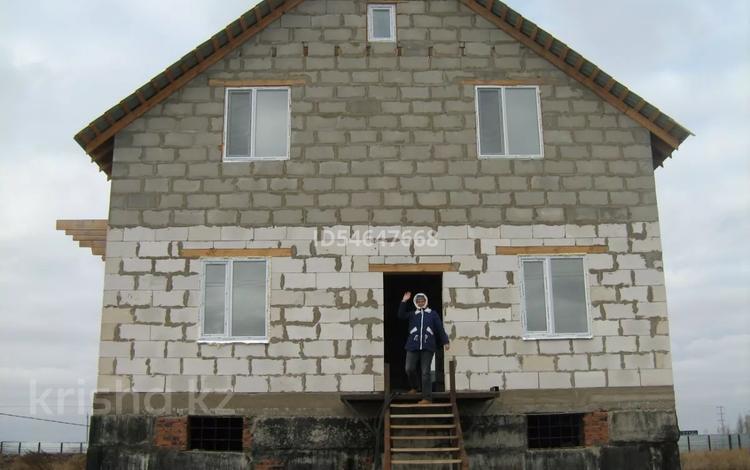 6-комнатный дом, 300 м², 50 сот., Кенесары за 35 млн 〒 в Жибек Жолы