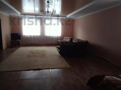 10-комнатный дом, 450 м², 15 сот., Мкр Отрадное 580 за 20 млн 〒 в Темиртау