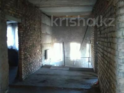 10-комнатный дом, 450 м², 15 сот., Мкр Отрадное 580 за 20 млн 〒 в Темиртау — фото 14