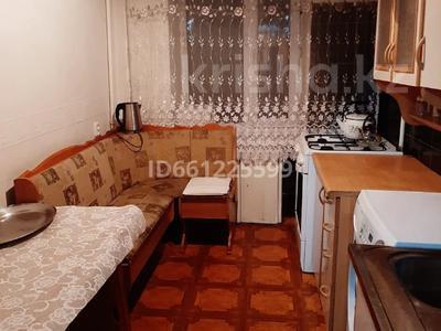 3-комнатная квартира, 65 м², 3/5 этаж помесячно, Алиханова 39 — Гоголя за 100 000 〒 в Караганде, Казыбек би р-н