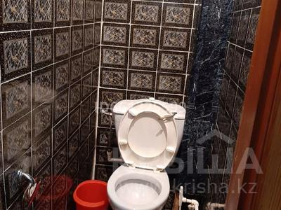 3-комнатная квартира, 65 м², 3/5 этаж помесячно, Алиханова 39 — Гоголя за 100 000 〒 в Караганде, Казыбек би р-н — фото 9