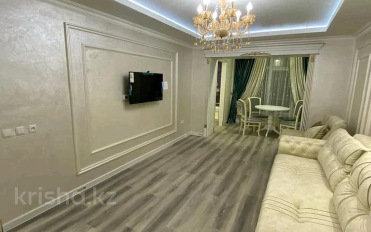 3-комнатная квартира, 65 м², 3/5 этаж, проспект Бауыржан Момышулы за 30 млн 〒 в Шымкенте, Аль-Фарабийский р-н
