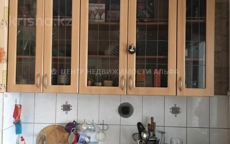 1-комнатная квартира, 40 м², 1/5 этаж, мкр Айнабулак-4, Мкр Айнабулак-4 173 — Жумабаева за ~ 12.6 млн 〒 в Алматы, Жетысуский р-н