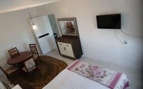 1-комнатная квартира, 34 м², 5/5 этаж, Бектурганова — Универсам за 6 млн 〒 в