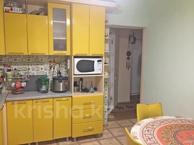 3-комнатная квартира, 60 м², 1/4 этаж, Терешкова за 19 млн 〒 в Караганде