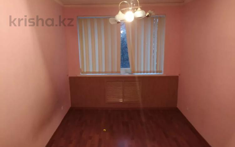 3-комнатная квартира, 75 м², 3/5 этаж, Ниеткалиева 9 — проспект Жамбыла за 16 млн 〒 в Таразе