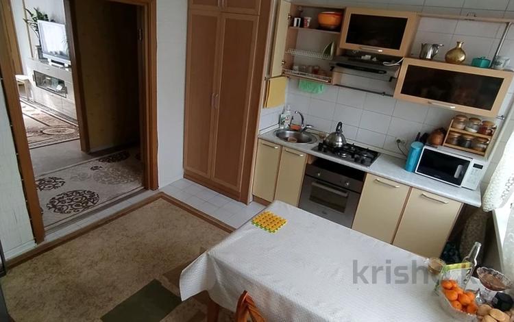 4-комнатная квартира, 90.7 м², 3/5 этаж, мкр №9, Жандосова — Саина за 35 млн 〒 в Алматы, Ауэзовский р-н
