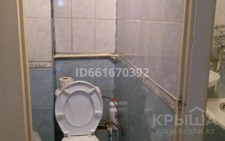 3-комнатная квартира, 56 м², 2/5 этаж, мкр Тастак-2 18 за 20 млн 〒 в Алматы, Алмалинский р-н