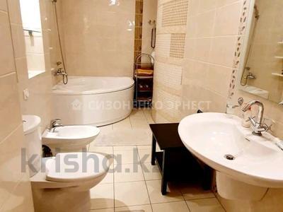3-комнатная квартира, 112 м², 4/14 этаж, мкр Самал-3, Самал — Мендикулова за 84 млн 〒 в Алматы, Медеуский р-н