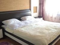 3-комнатная квартира, 90 м², 3/9 этаж посуточно