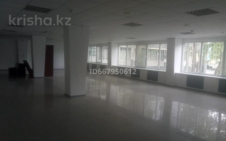 Помещение площадью 400 м², Бауыржана Момышулы 49А за 2 000 〒 в Экибастузе
