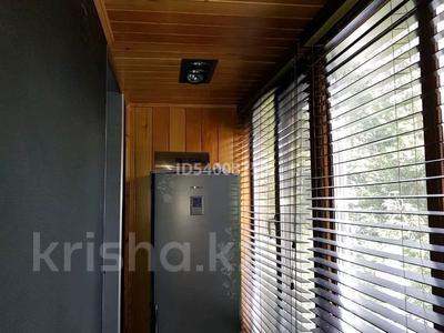 2-комнатная квартира, 57 м², 3/4 этаж помесячно, Бухар жирау 28 за 250 000 〒 в Караганде, Казыбек би р-н — фото 2
