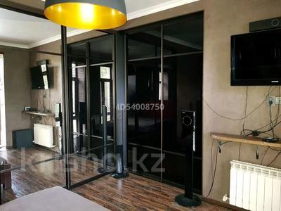 2-комнатная квартира, 57 м², 3/4 этаж помесячно, Бухар жирау 28 за 250 000 〒 в Караганде, Казыбек би р-н — фото 8