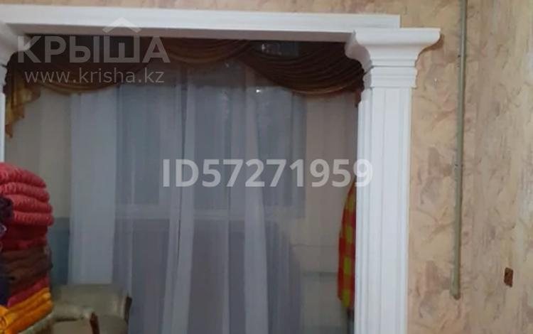 4-комнатная квартира, 81 м², 2/5 этаж, 21 мкр 82 за 22 млн 〒 в Шымкенте, Аль-Фарабийский р-н