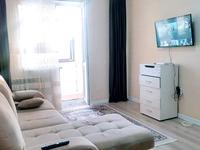 2-комнатная квартира, 56 м², 13/15 этаж посуточно, Мангилик Ел 17 — Алматы за 12 000 〒 в Нур-Султане (Астане), Есильский р-н