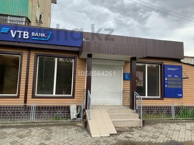 Здание, Жилгородок, Атырау по Азаттык64 площадью 173 м² за 800 000 〒 — фото 2