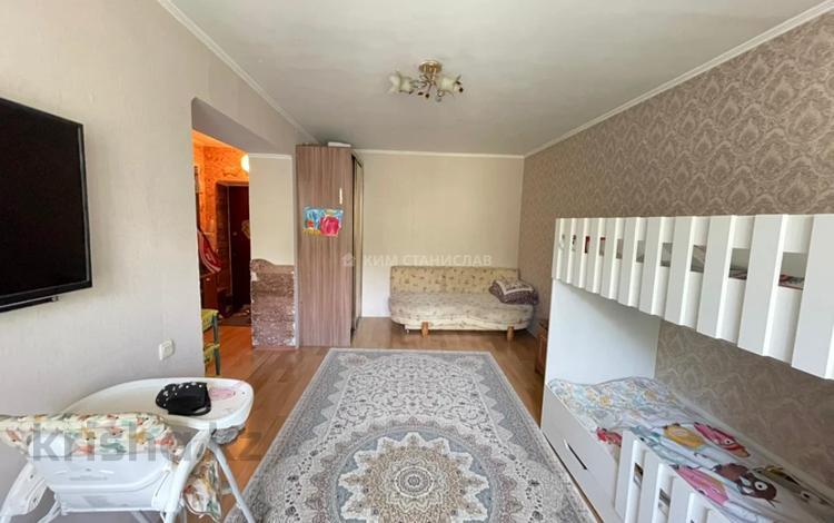 1-комнатная квартира, 32 м², 2/3 этаж, Жандосова — Ауэзова за 16.5 млн 〒 в Алматы, Бостандыкский р-н