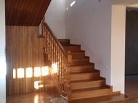 5-комнатный дом, 200 м², 10 сот.