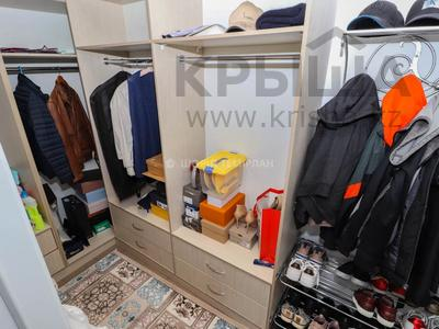 6-комнатный дом, 425 м², 11 сот., мкр Таусамалы, Кунаева — Грозы за 120 млн 〒 в Алматы, Наурызбайский р-н — фото 16