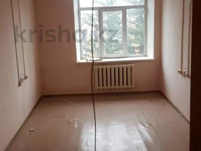 Здание, площадью 350 м², Тохтарова за 13.5 млн 〒 в Риддере — фото 4