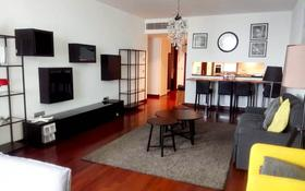 3-комнатная квартира, 130 м² помесячно, Аль-Фараби 77/3 за ~ 1.4 млн 〒 в Алматы, Бостандыкский р-н
