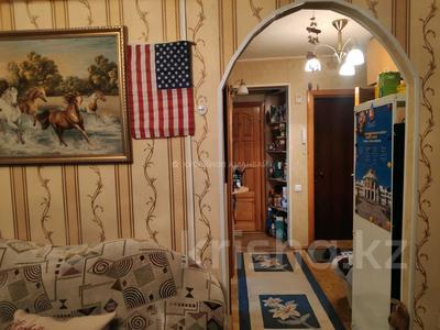 3-комнатная квартира, 56 м², 2/5 этаж, Ыбырая Алтынсарина — Илияса Есенберлина за 15.2 млн 〒 в Нур-Султане (Астана), Сарыарка р-н — фото 8