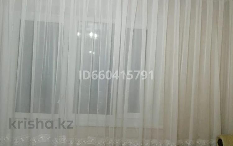 3-комнатная квартира, 67 м², 8/9 этаж, проспект Ауэзова 37А за 20 млн 〒 в Семее
