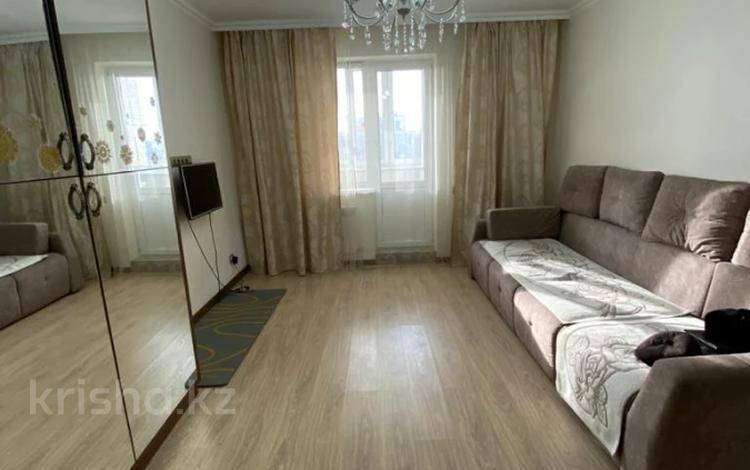 2-комнатная квартира, 55 м², 10/17 этаж, Туркестан 32 за ~ 24 млн 〒 в Нур-Султане (Астана), Есиль р-н