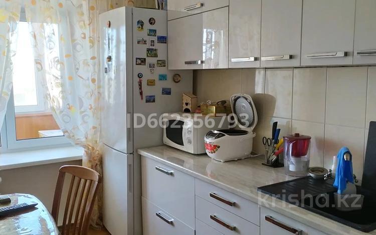 2-комнатная квартира, 53.5 м², 11/12 этаж, улица Протозанова 113 за 27 млн 〒 в Усть-Каменогорске