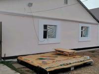 4-комнатный дом, 130 м², 7 сот., улица Курылыс за 16 млн 〒 в Аксае